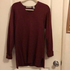 Burgundy over sized sweater 🌟
